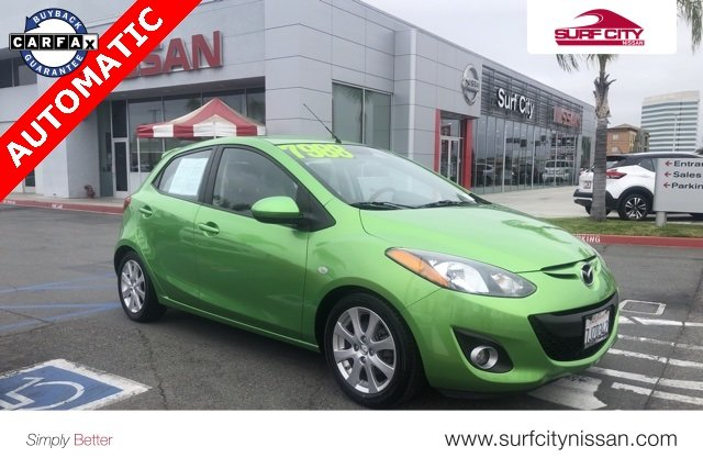 Pre-Owned 2011 Mazda2 Touring